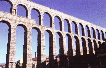 Apeduct Roman in Segovia - Spania