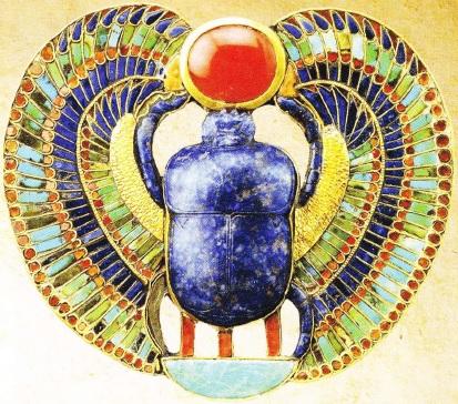bijuterie-gasita-in-mormantul-lui-tutankhamon