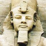 Abu Simbel – Stanca in care este Sculptata Istoria Egiptului