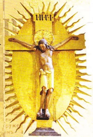 Crucifix din interiorul Catedralei din Koln