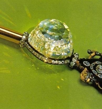 Diamante celebre si povestile lor sclipitoare