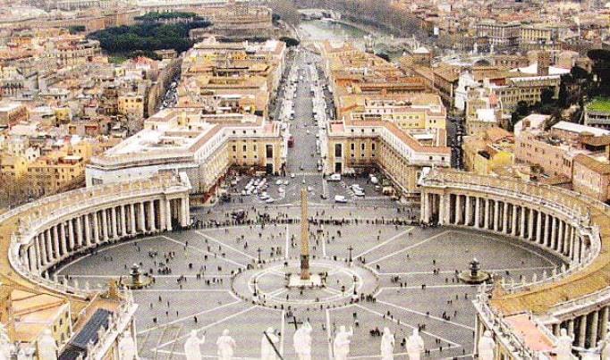 Piata Sfantul Petru Roma