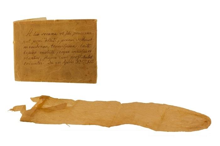 Prezervativ cu manual (1813)