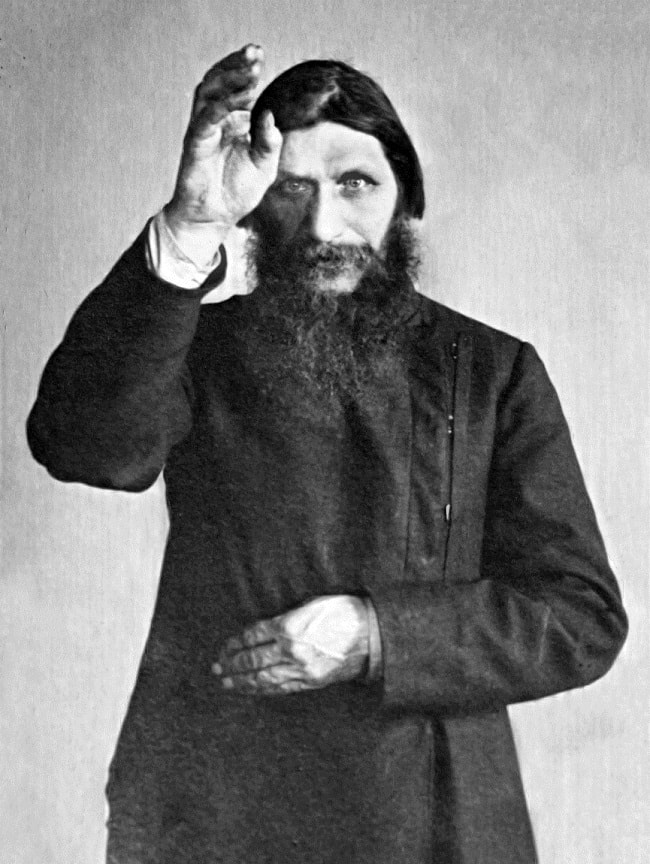 Rasputin in rolul de calugar