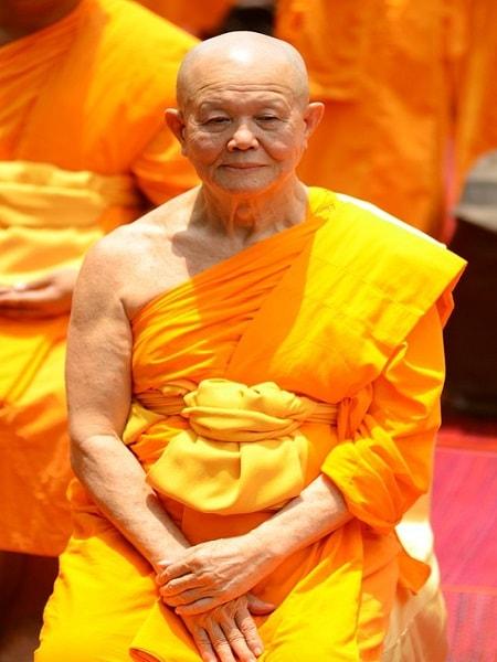 Calugar tibetan meditand