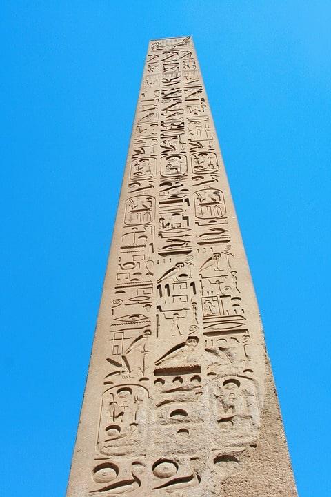 obelisc egiptean