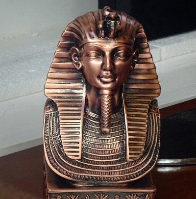 Faraonii fumau