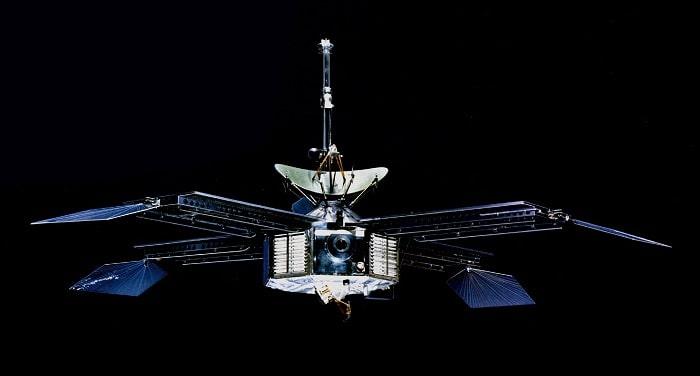 Misiunea Mariner si primul satelit artificial al planetei Marte