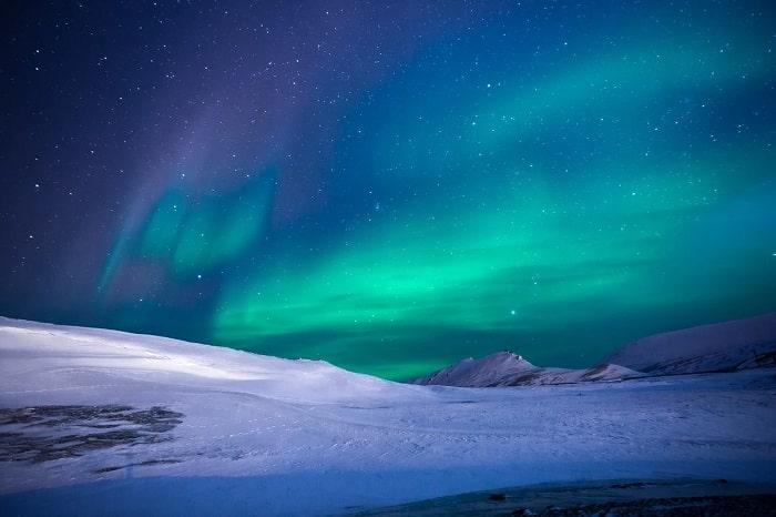 Aurora Boreala (verde, mov si albastru)