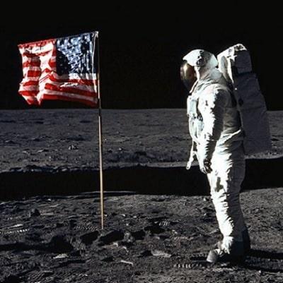 Misiunea Spatiala Apollo 11 - Detalii mai putin stiute