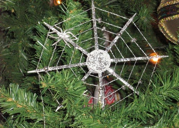 Ornament de brad în forma de pânză de paianjen - Ucraina