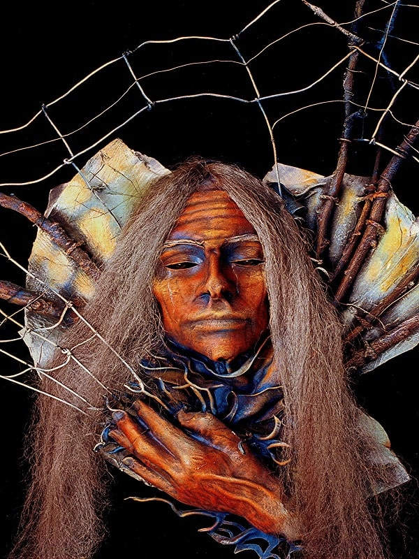 """Bunica Paianjen"" - sculptura Navajo"