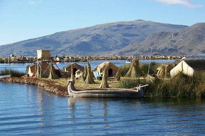 locatie pe Lacul Titicaca