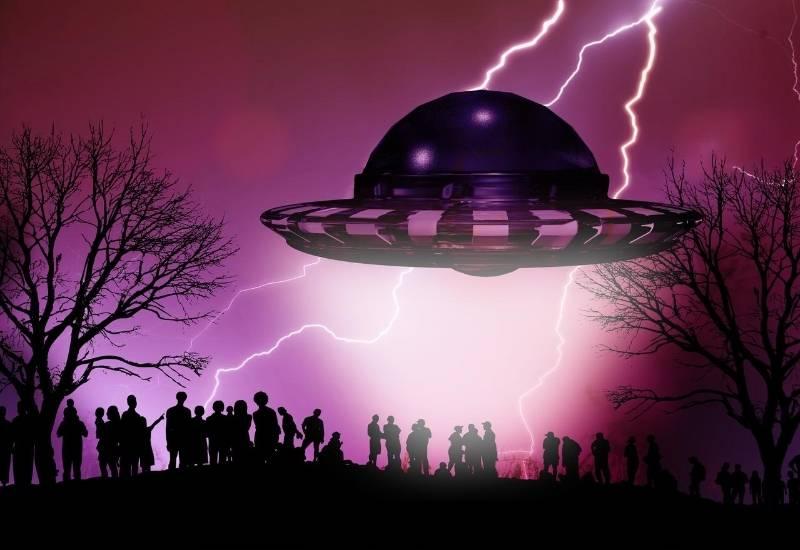 invazie extraterestri