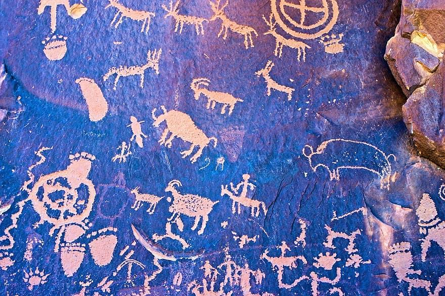 Petroglife din zona Saharei