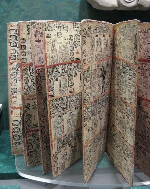 Codicele mayas din Madrid