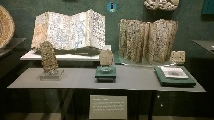 Codicele mayas expus la Muzeul Arheologic din Madrid