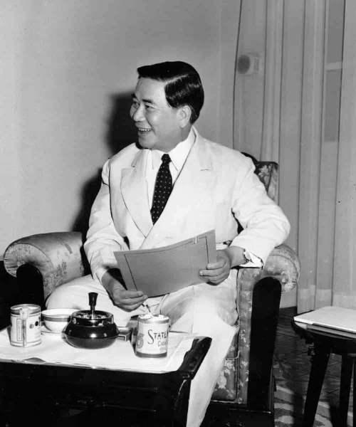 Presedintele Vietnamului-de-Sud Ngo Dinh Diem