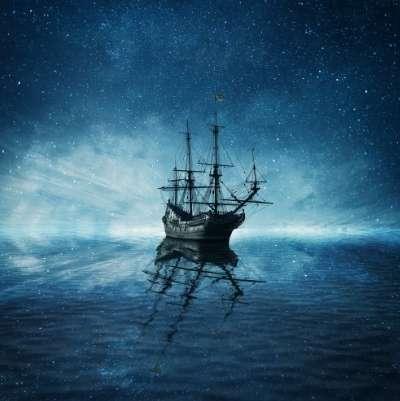 Corăbii misterioase colindă oceanele