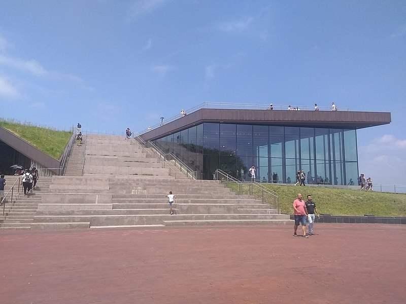 Muzeul de la baza Statuii Libertatii din New York (an înființare: 1972)
