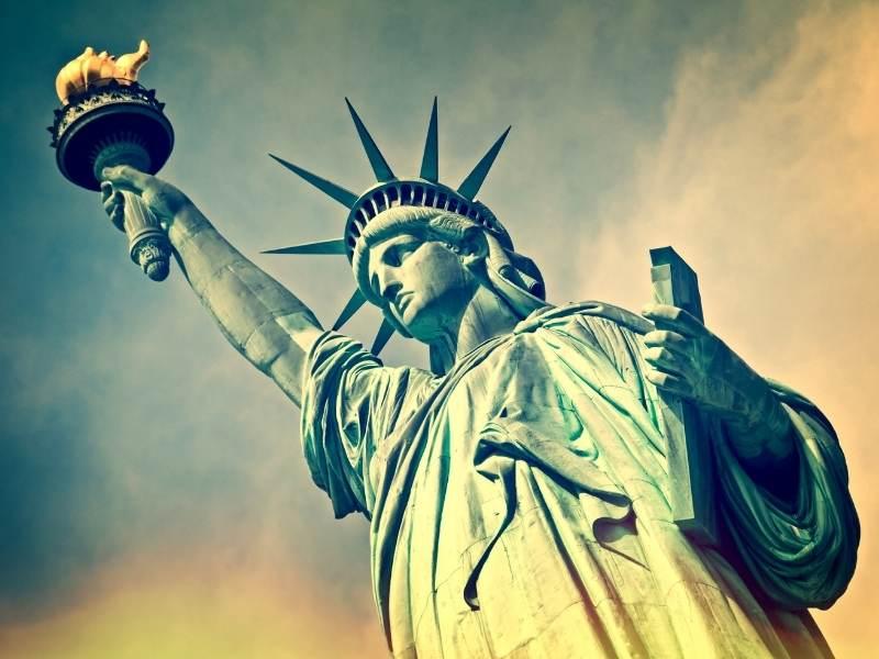 Statuia Libertatii din New York