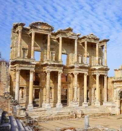 Templul zeitei Artemis din Efes - Cea mai frumoasă construcție de pe Pământ