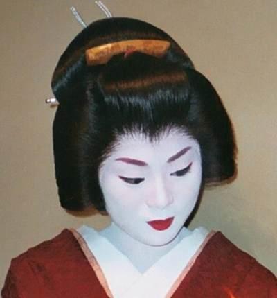Gheisa - Animatoare tradițională a artei si muzicii japoneze